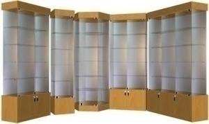 Стеклянные витрины для магазина